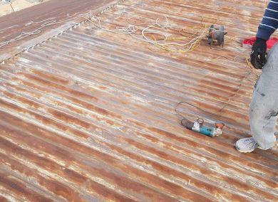 malowanie-dachu-hala-magazynowa-tychy-01