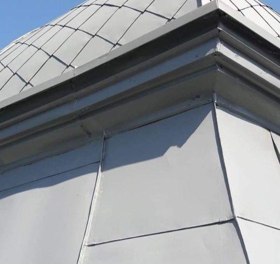 Malowanie dachu kościoła Śląsk