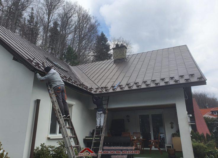 Malowanie rynien i montaż śniegołapów w Brennej
