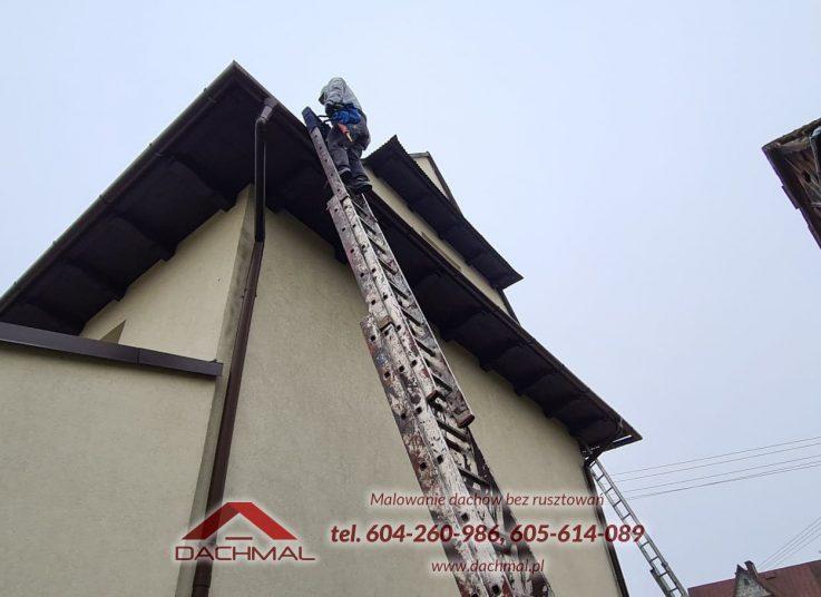 wymiana rynien i blach dachowych OSP Rogoznik